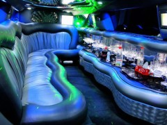 Chrysler C300 stretch limo